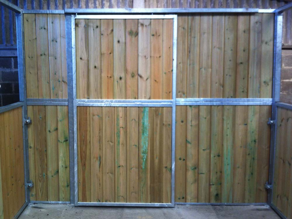 All our internal stables can be modified to take advantage of any additional space you may have for storage or tack rooms.