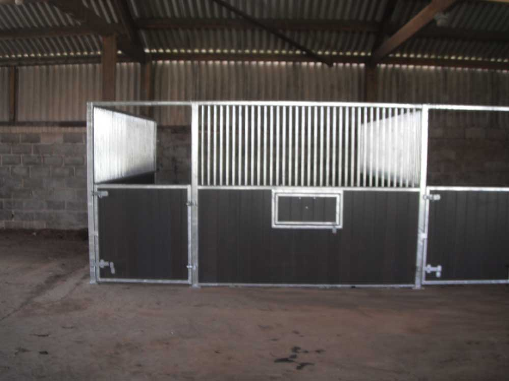 Recycled plastic fronts with swivel mangers