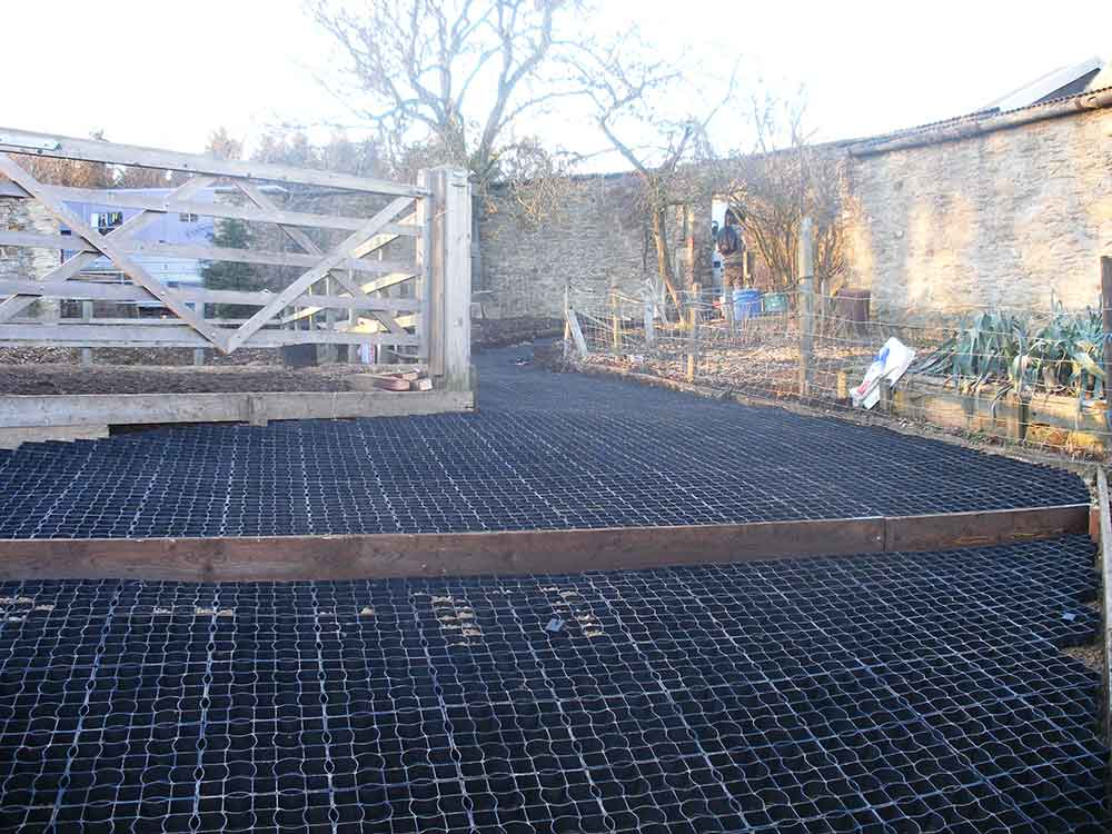 Ecogrid has been used here to provide a firm stepped walkway.